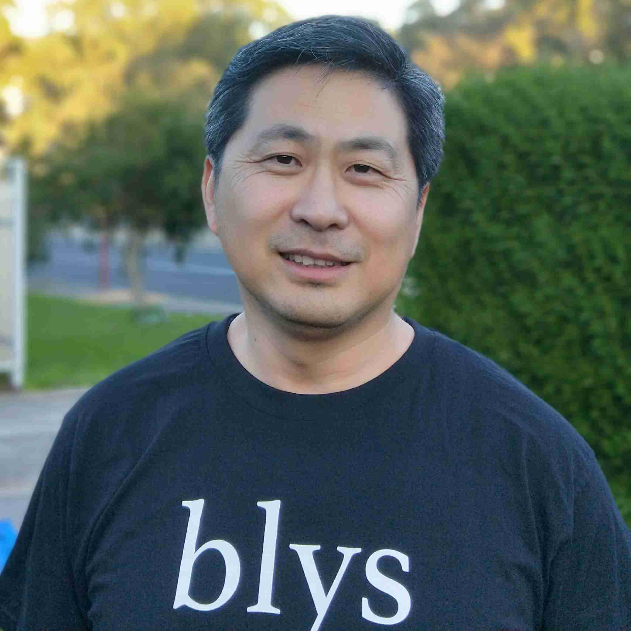 Yisheng S.